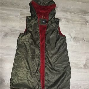 BEBE knee length reversible open vest